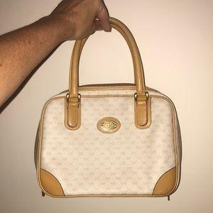 🎉HP🎉 GUCCI AUTHENTIC vintage handbag GG cream